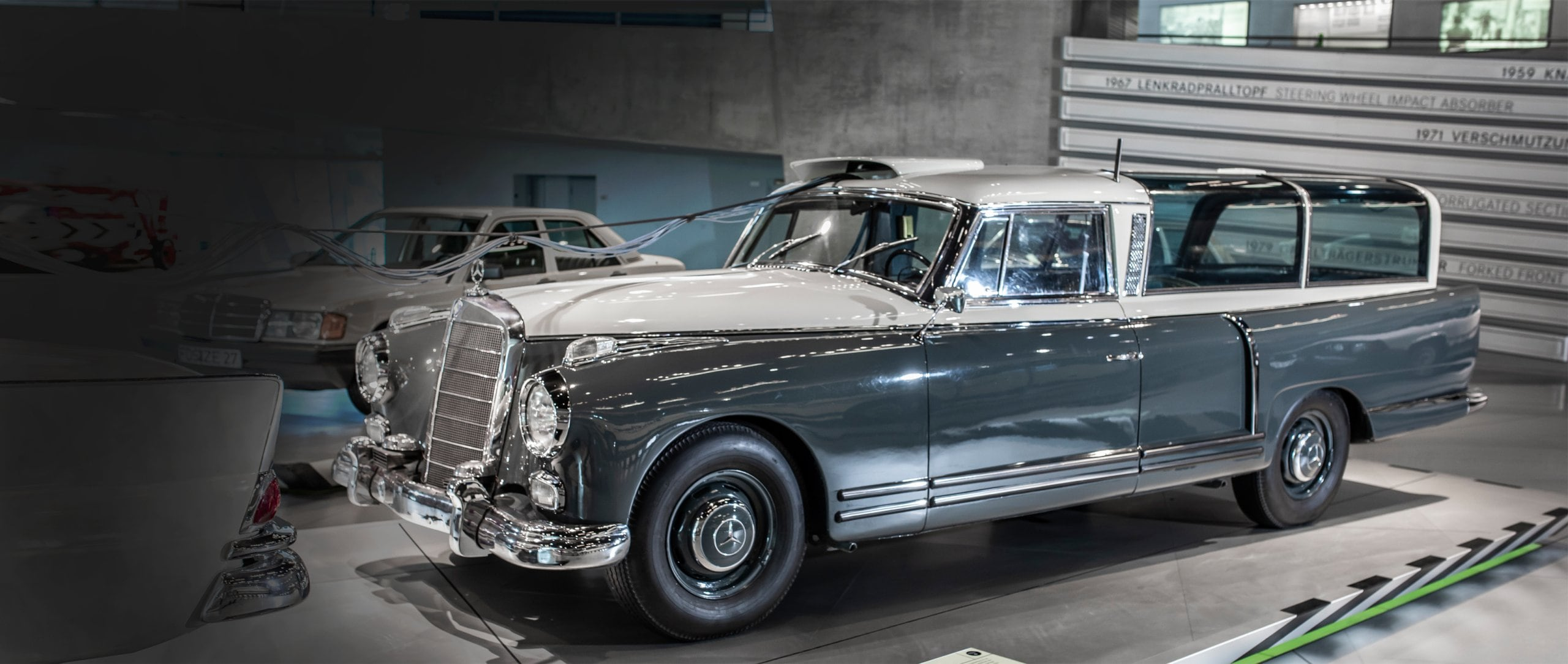 Mercedes-Benz 300 Messwagen.