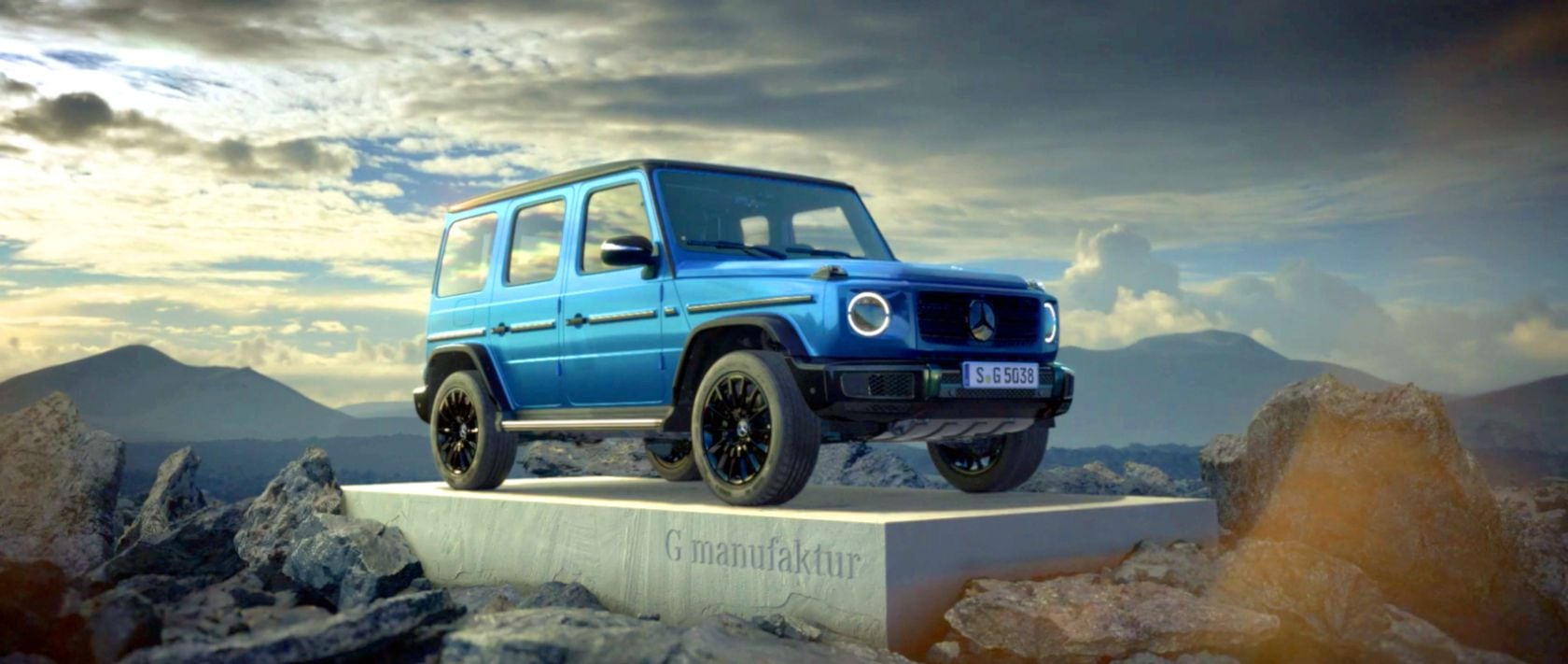 Die 2019er Mercedes-Benz G-Klasse (W 463) in Brilliantblau.