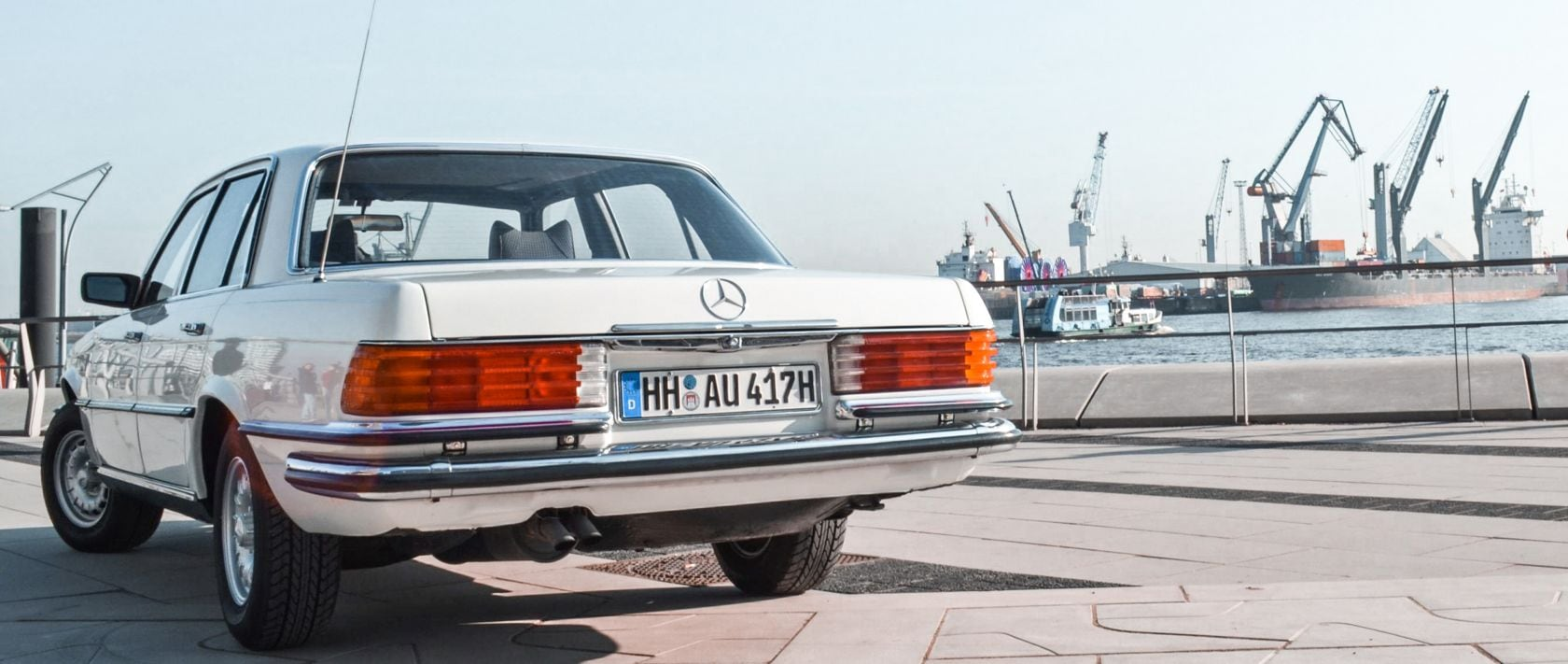 A Mercedes-Benz 280 S from the model series W 116.