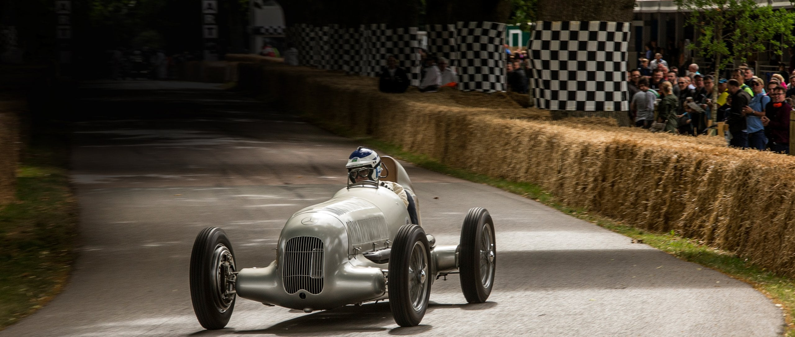 To mark the 125th anniversary of its involvement in motorsports, Mercedes-Benz Classic is sending fourteen of its crown jewels to the Goodwood Festival of Speed.
