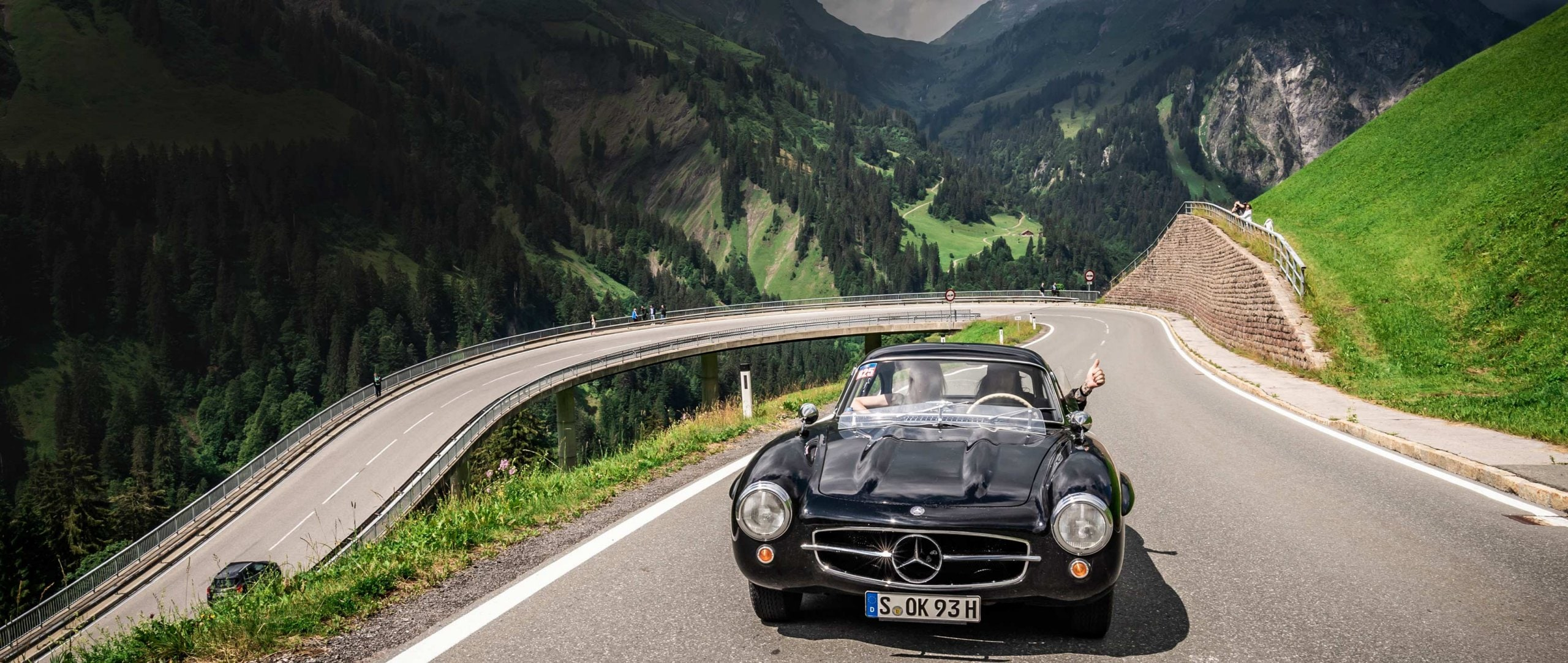 """Urban outlaw"" Magnus Walker in the Mercedes-Benz 300 SL at the Silvretta Classic Rally Montafon 2018."