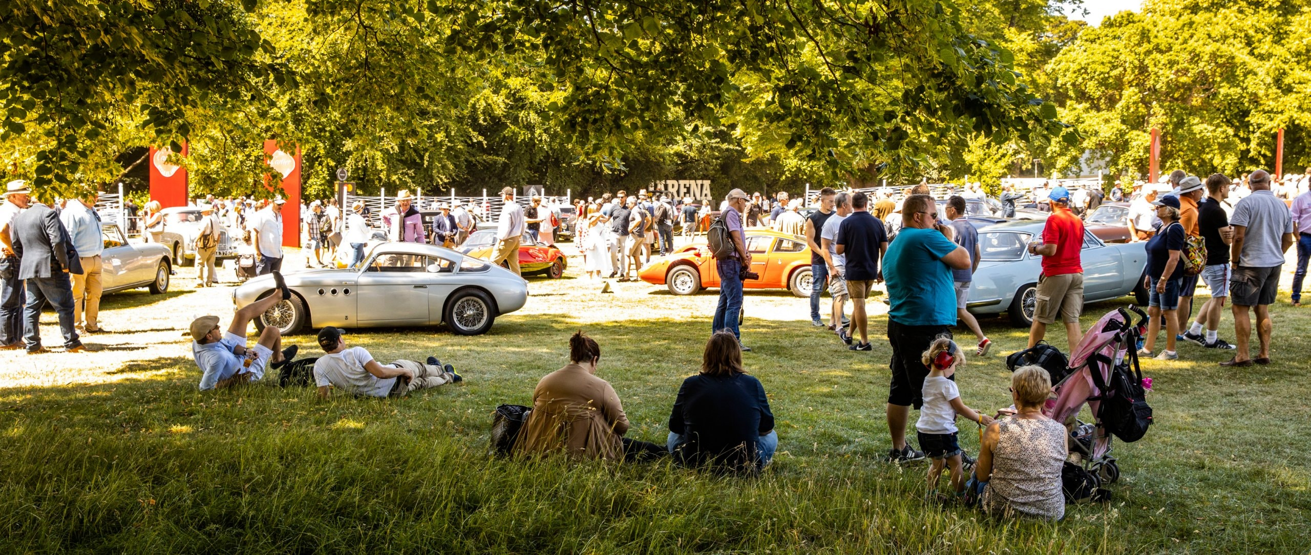 """The world's largest motorised garden party"": the Goodwood Festival of Speed is stylish – and offers hands-on historical motorsports."