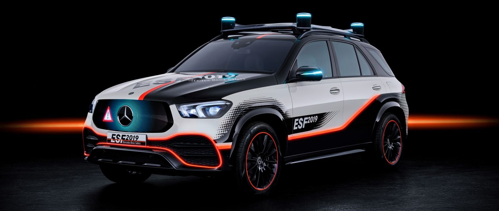 The Mercedes-Benz Experimental Safety Vehicle ESF 2019 based on the GLE.