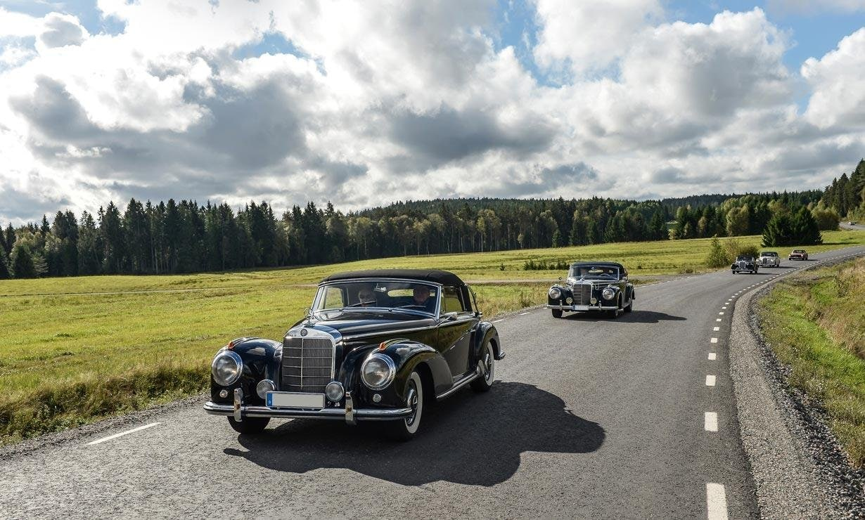 Wonderful vehicles in a picturesque landscape: Mercedes-Benz & Friends in Sweden.