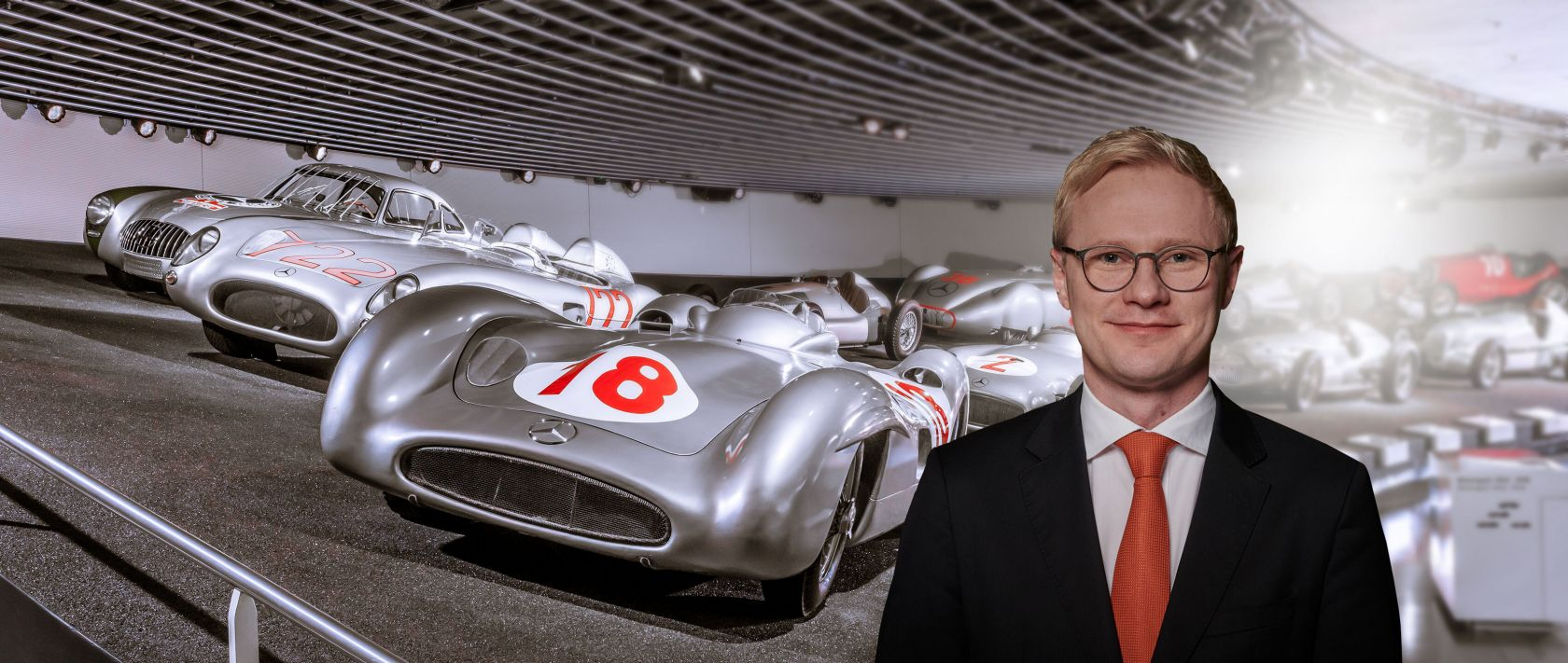 Guided tours at the Mercedes-Benz Museum: Special guided tour motorsports.