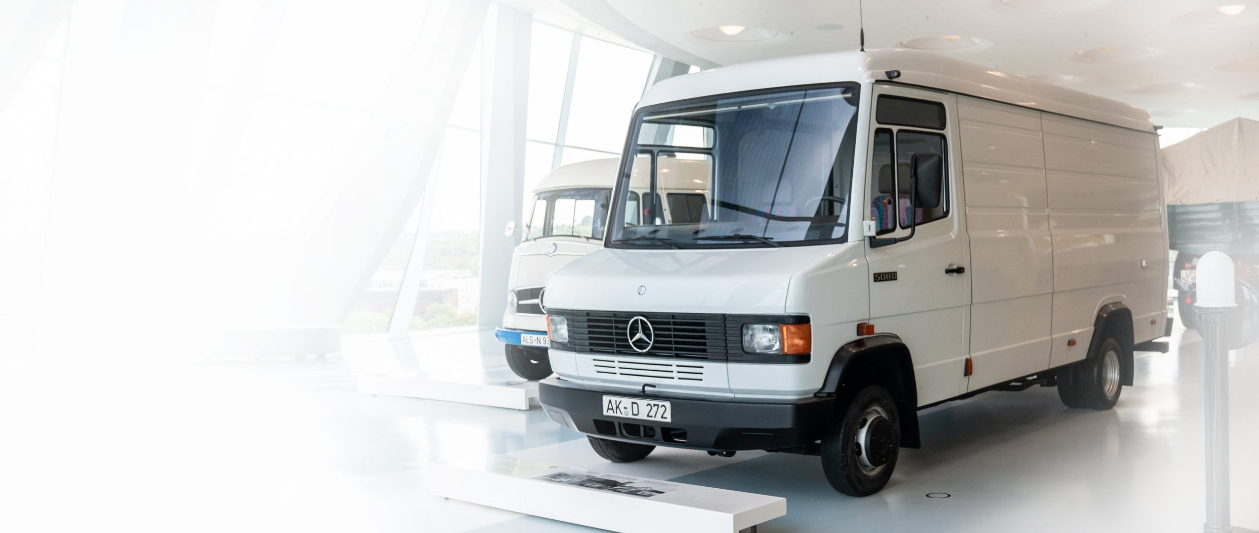 Mercedes-Benz 508 D panel van.