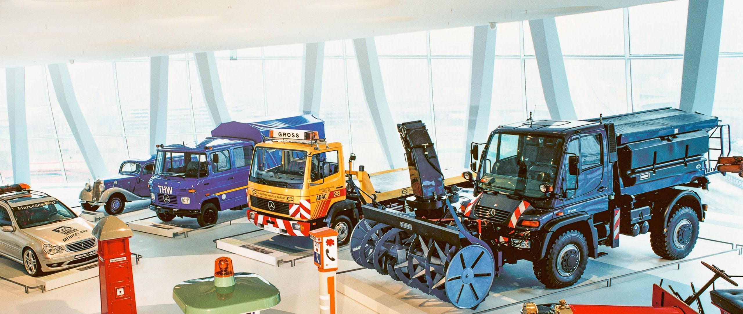 Mercedes-Benz Unimog U 500 with snow blower in the Mercedes-Benz Museum, Collection Room 3: Gallery of Helpers.