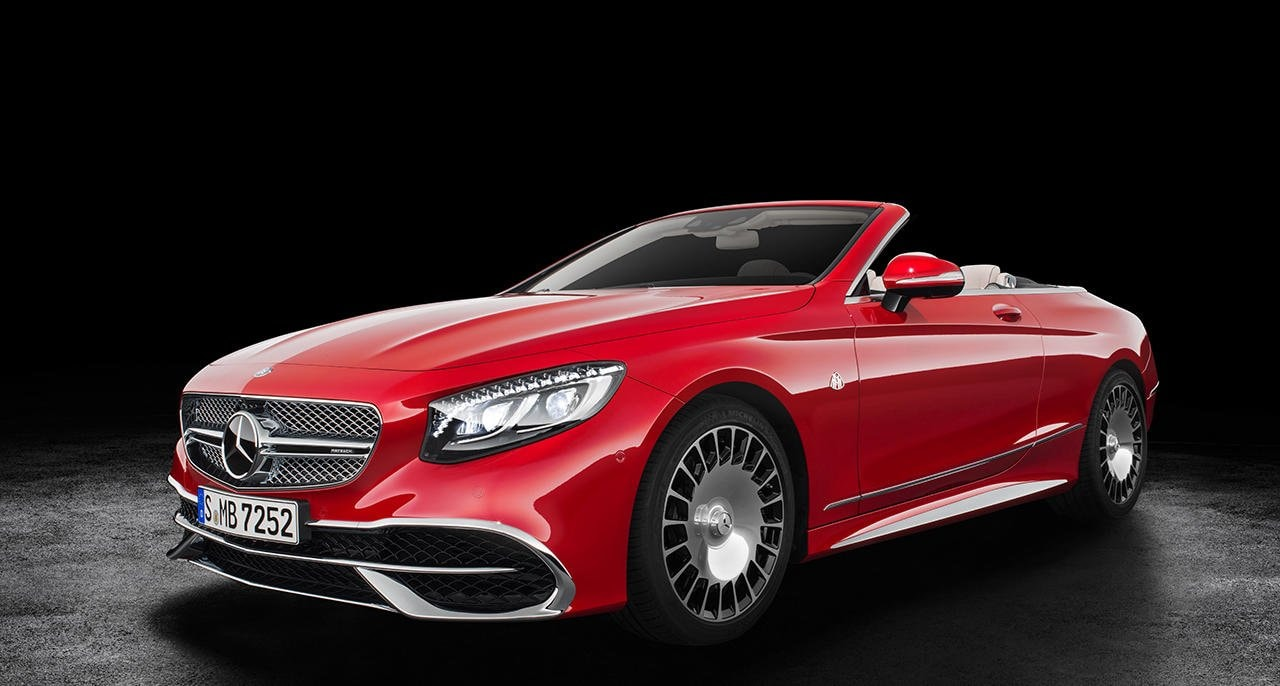 Mercedes-Maybach S 650 Cabriolet: The first cabriolet from the Mercedes-Maybach brand is celebrating its debut at the Los Angeles Auto Show – in a limited edition of 300.