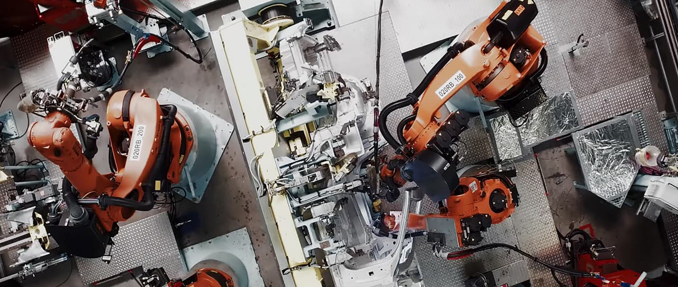 A robot welds the body of the Mercedes-Benz EQC 400 4MATIC.