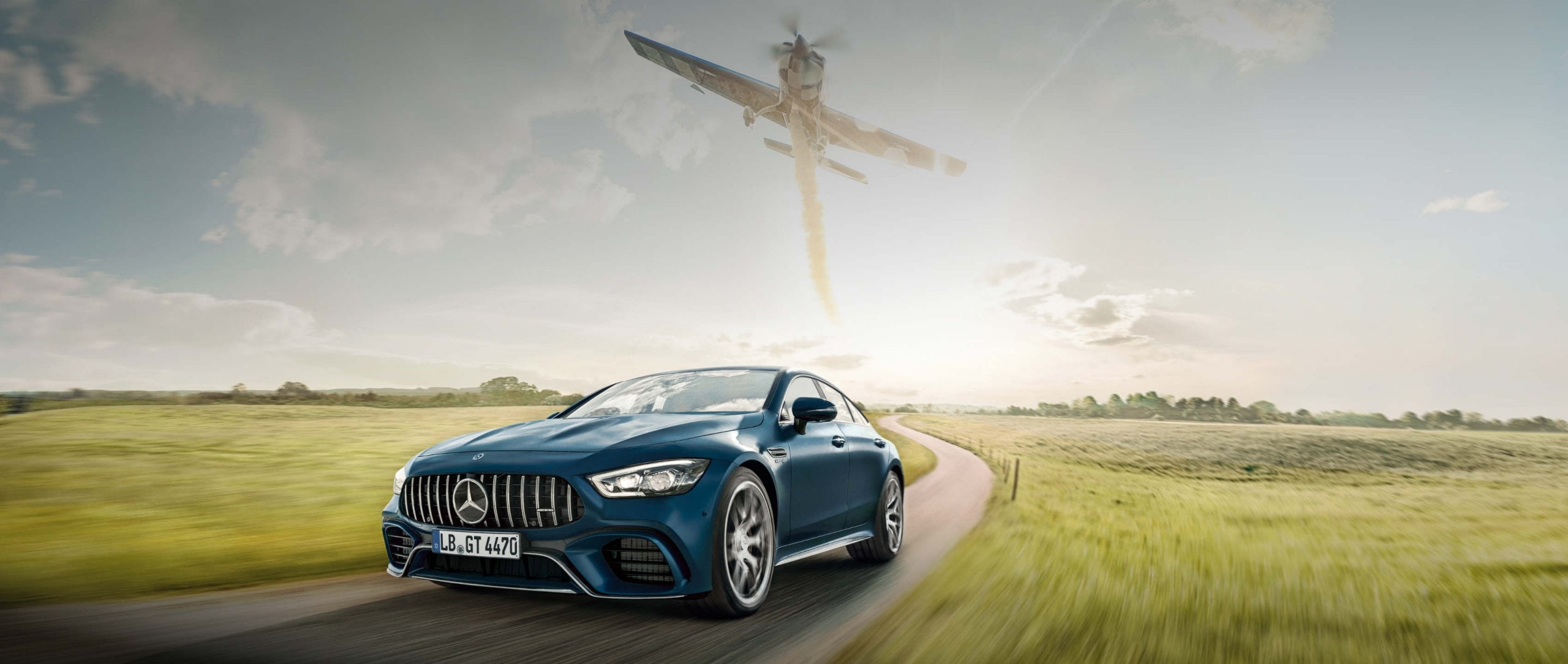 Mercedes-Benz: Mercedes-AMG Magazine – 24 hours with an Air Race world champion. Matthias Dolderer with 300 PS in the air and 639 PS on the ground.