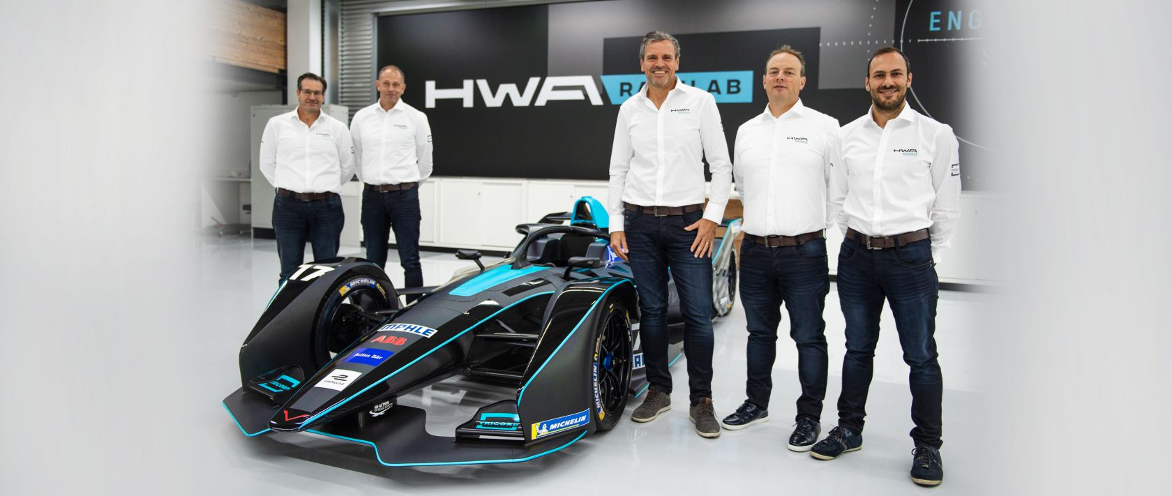 Making their debut together: the HWA Racelab team with Franco Chiocchetti (left) and team manager Ulrich Fritz (second from right).