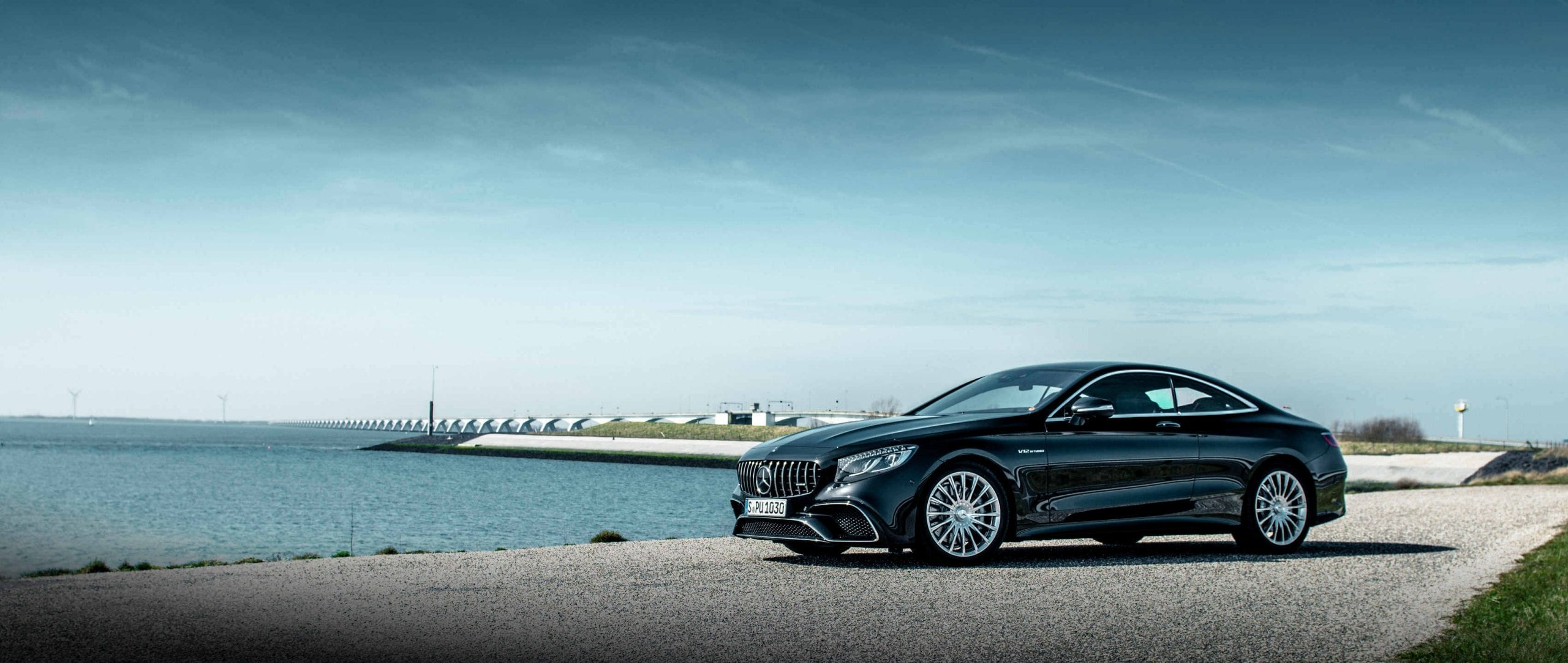 Mercedes-AMG S 65 Coupé (C 217) in obsidian black metallic with a 6.0-litre V12 biturbo engine.