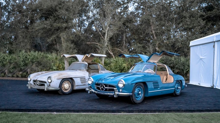 """separation shoes b550e 2e09c Mercedes-Benz 300 SL """"Gullwing"""" twins in Florida."""