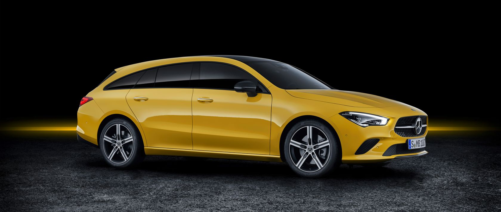 The 2019 Mercedes-Benz CLA Shooting Brake (X 118) in sun yellow in the photo studio.