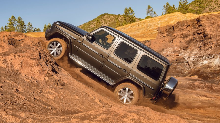 The Mercedes-Benz G-Class G 500 4x4²: G-Class squadred to a new level