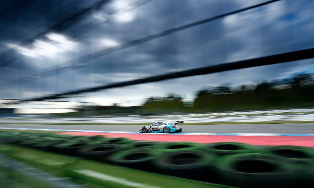 Tough qualifying for the season-opener at home race of Mercedes-Benz.