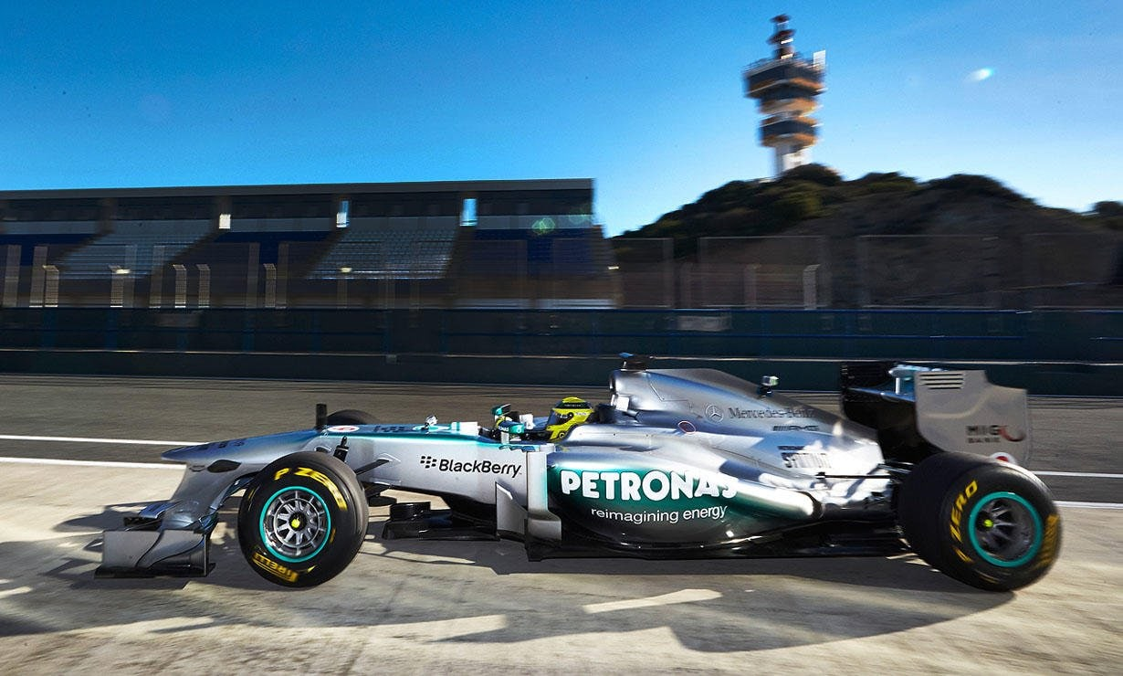 At the beginning of February, Nico Rosberg and Lewis Hamilton presented the new F1 W04 Silver Arrow at Jerez de la Frontera in southern Spain.
