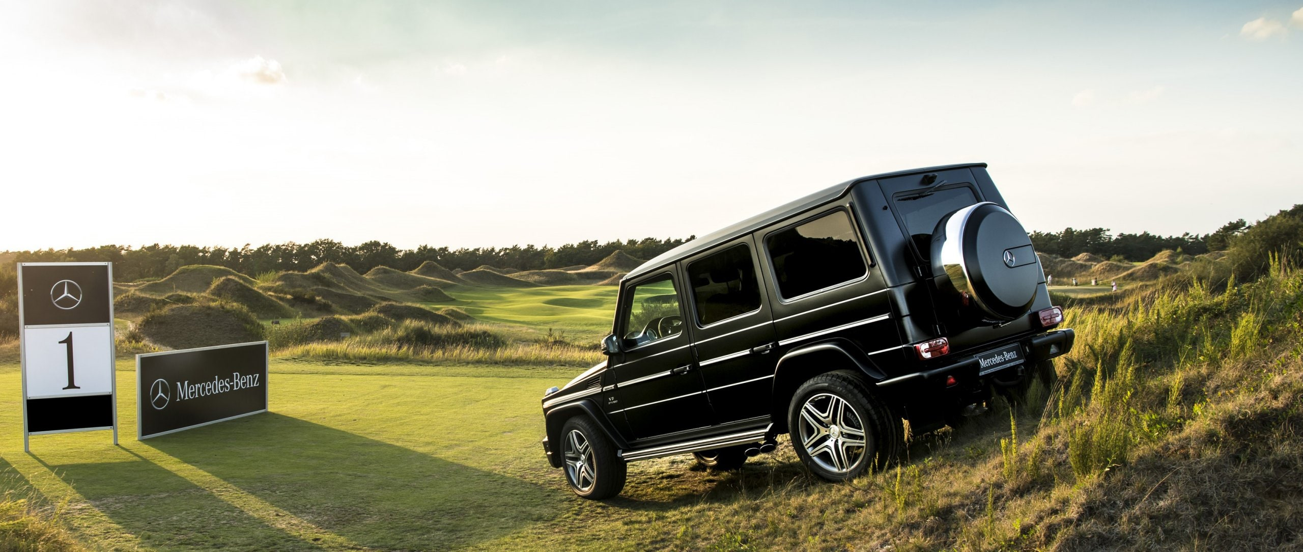 The Mercedes-Benz G-Class (W 463) on the golf course.