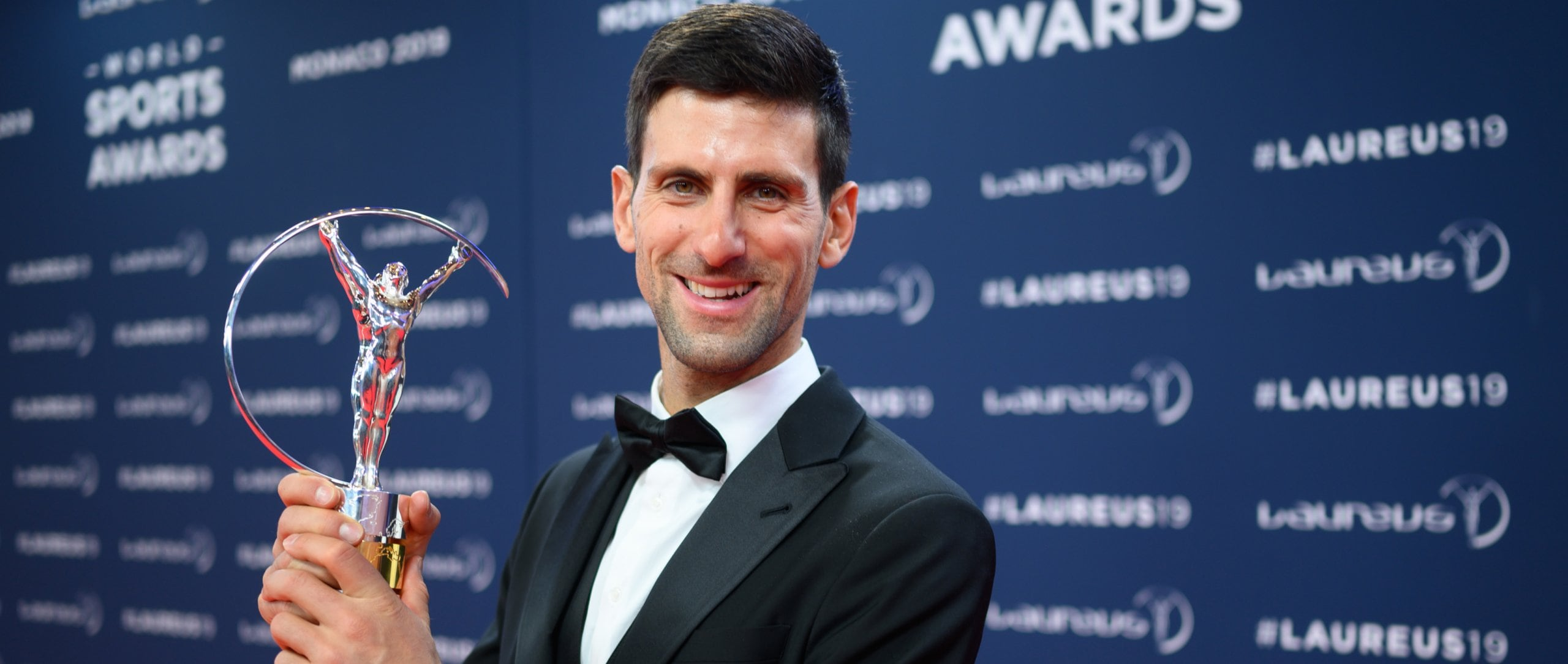 Novak Djoković (Laureus World Sportsman of the Year Award) with the trophy.