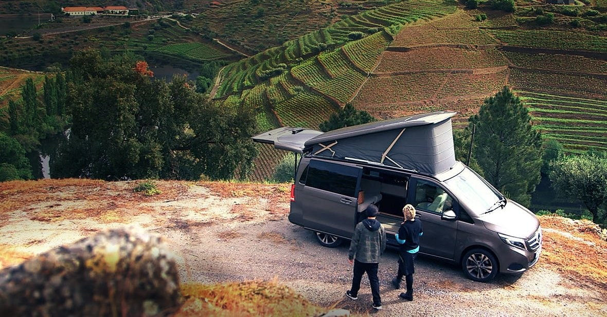 "In the first episode of the new series ""Meals on Wheels"", we visit the Douro region of Portugal in the Mercedes-Benz Marco Polo."