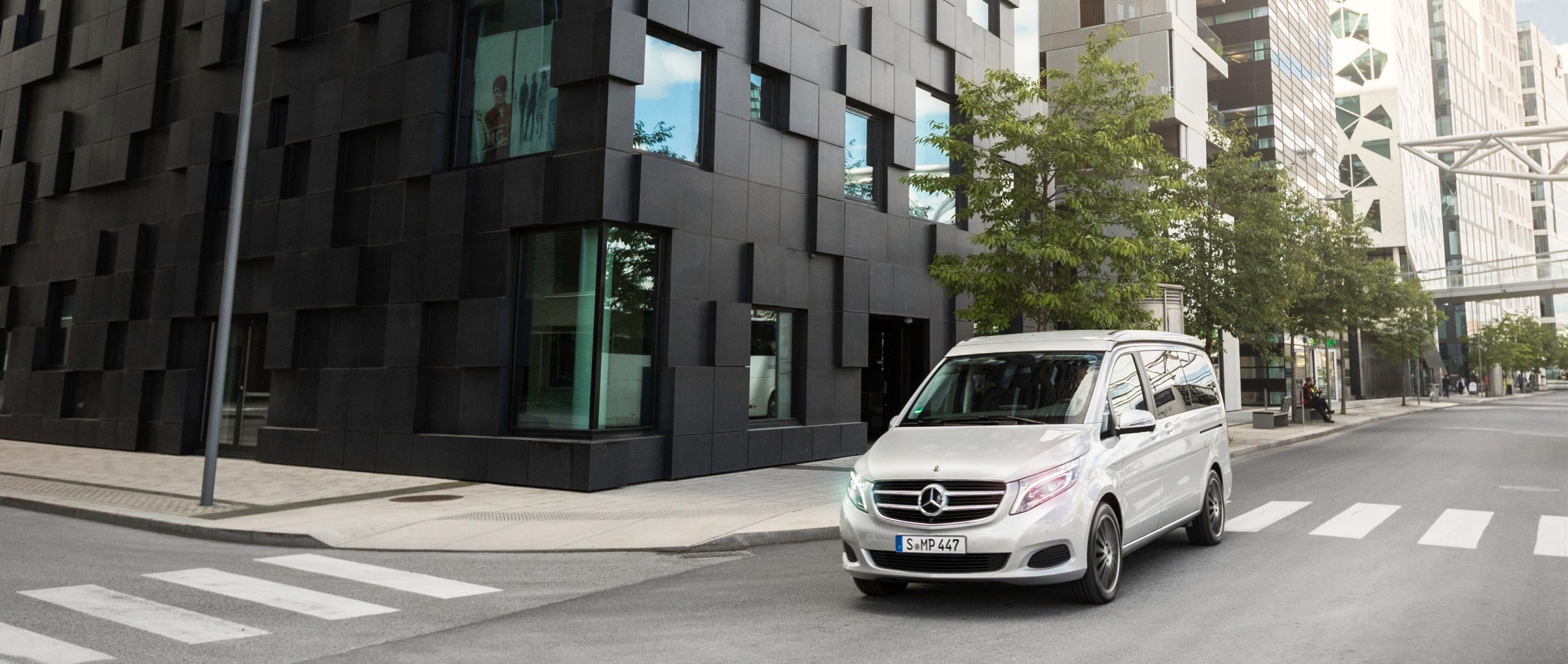 A Mercedes-Benz Marco Polo drives through Oslo's streets