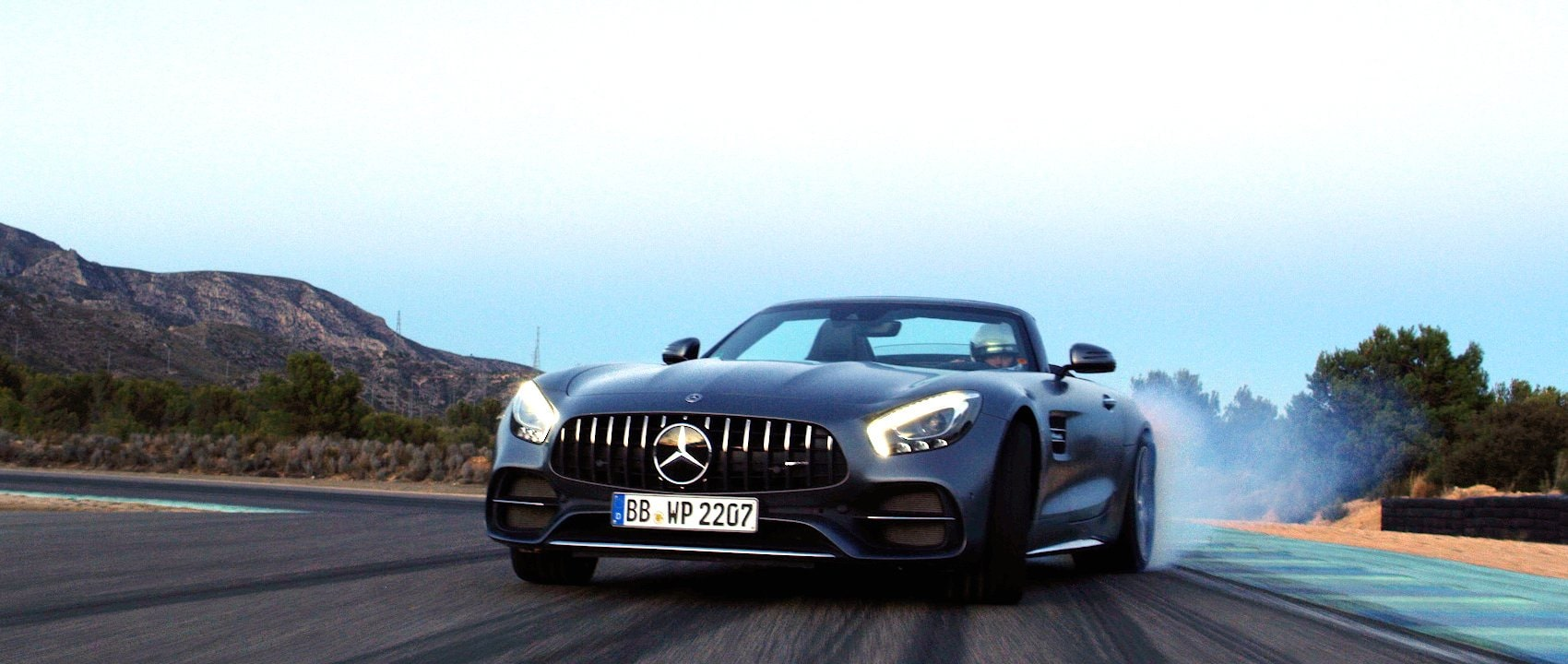 The Mercedes-AMG GT C Roadster (R 190) in magnetite black on the race track.