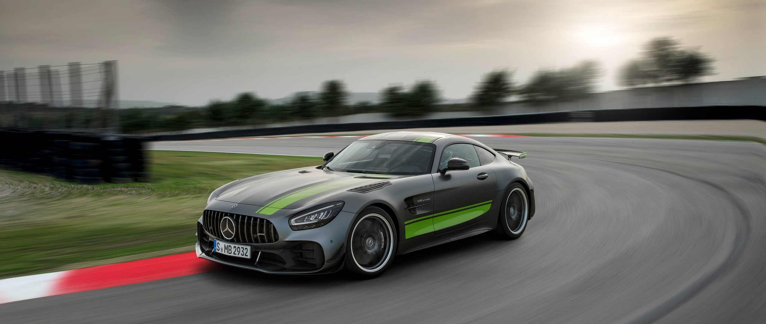 2019 Mercedes-AMG GT R PRO (C 190) in Selenite Grey magno in the Green Hell of the Nürburgring Nordschleife.