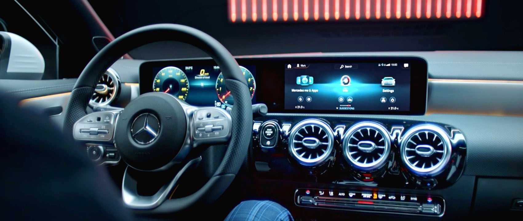 MBUX (Mercedes-Benz User Experience) in the new Mercedes-Benz CLA 250 Coupé (C 118).