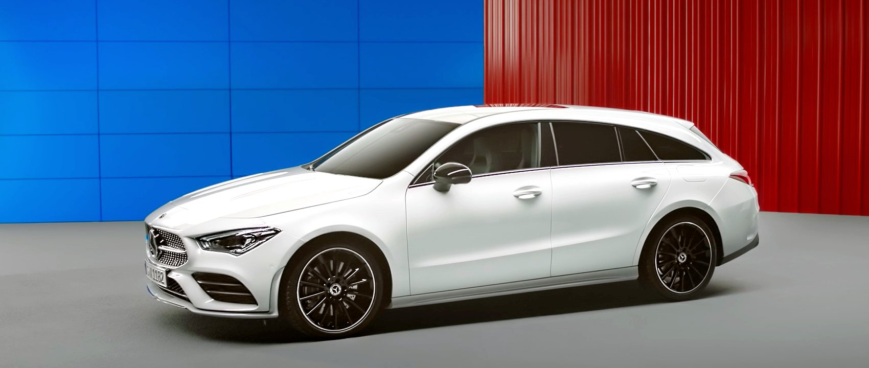 The 2019 Mercedes-Benz CLA Shooting Brake (X 118) in digital white.