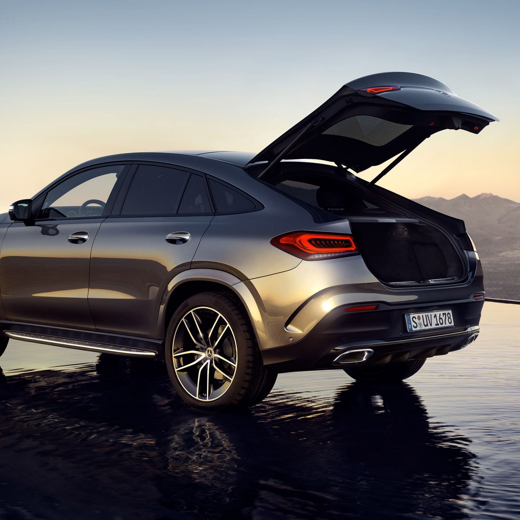 The New Mercedes-Benz GLE Coupé (2020). Outside: SUV