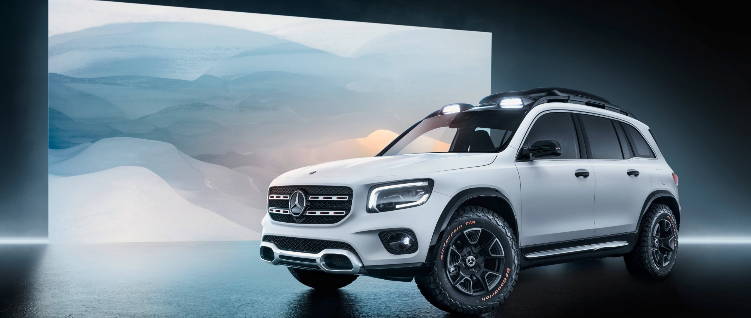 The Mercedes-Benz Concept GLB in designo cashmere white magno.