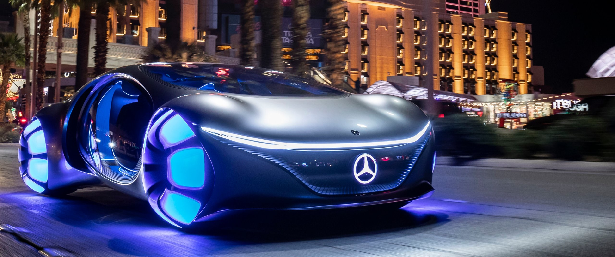 The front of the new Mercedes-Benz VISION AVTR concept car.