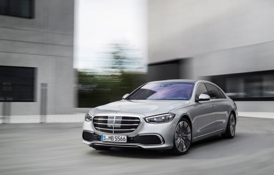 The 2020 Mercedes-Benz S-Class (BR 223) in hightech silver