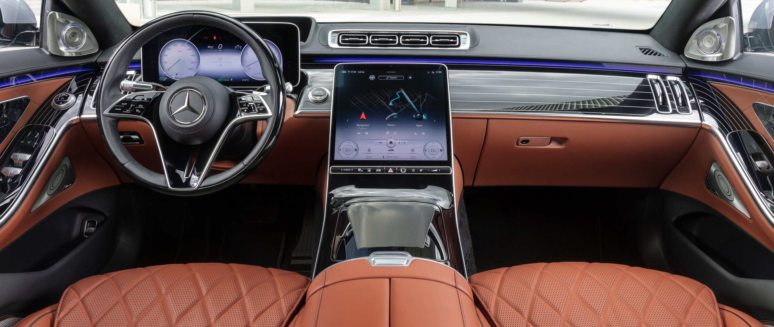 Cockpit of the 2020 Mercedes-Benz S-Class (BR 223)