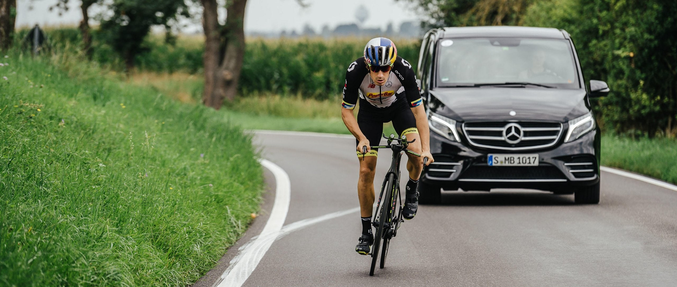 For years, Sebastian Kienle has been at the top of the international triathlon scene. The 33-year-old IRONMAN 2014 World Champion likes to train in his home in Baden-Württemberg, South Germany.